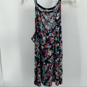 MAURICES 24/7 FLORAL TANK TOP SIZE XLARGE
